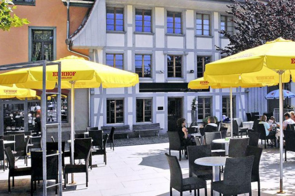Riva total parat mit schönen, gelben Farbtupfern (Foto Robert Grogg)