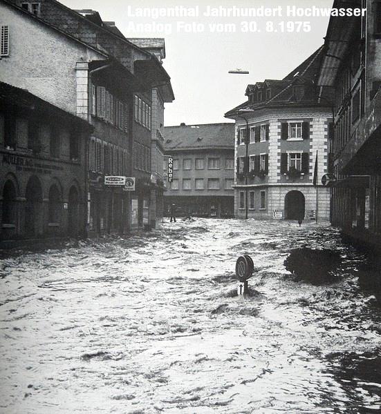 Blick vom Ortsmuseum Richtung Choufhüsi (Quelle: © occaphot.ch 1975)
